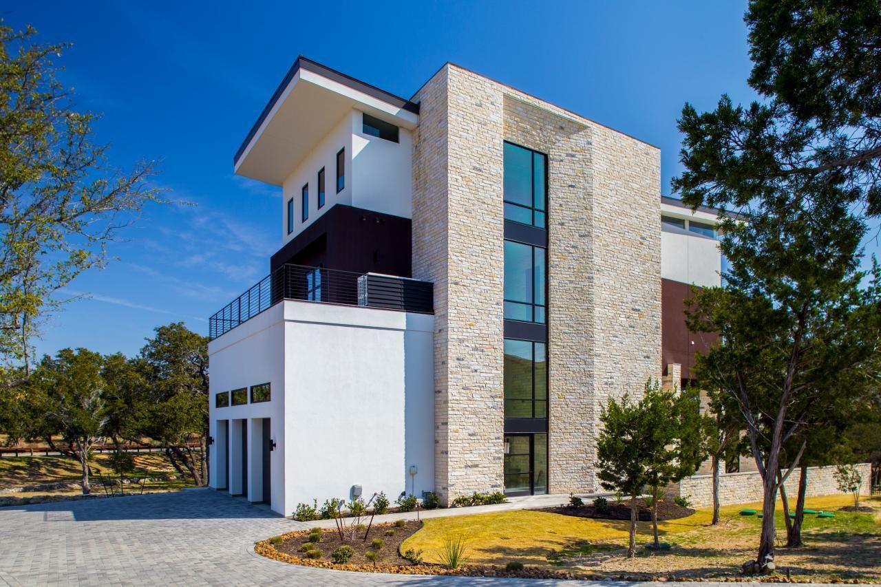 Contemporary Home Exterior Features Stone Amp Stucco