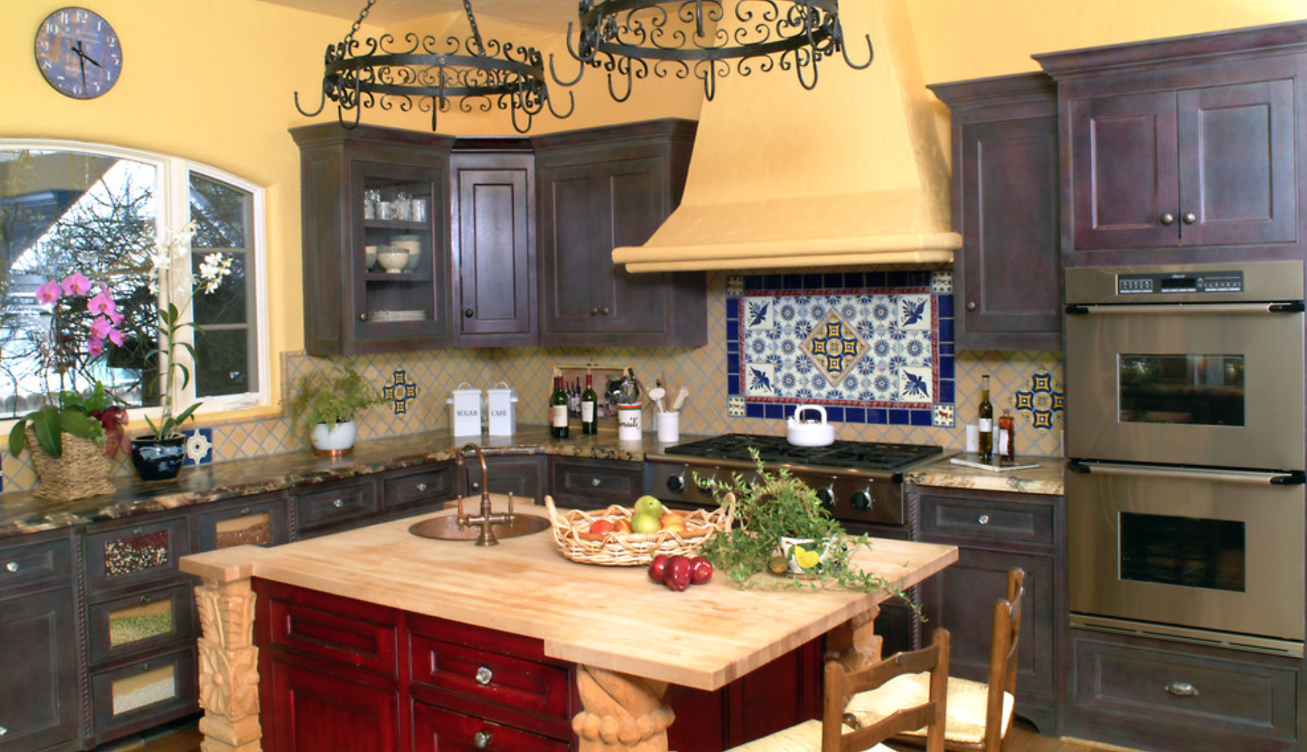 What's your kitchen personality? Everyone has their own kind of style when it comes to #kitchens - Follow the link to see some kitchen #designs to match up with your own personality! #Kitchens #Blog #Motivationalmondays #Experttrades #Inspiration #Contemporary #Craftsman #Mediterranean #Eclectic