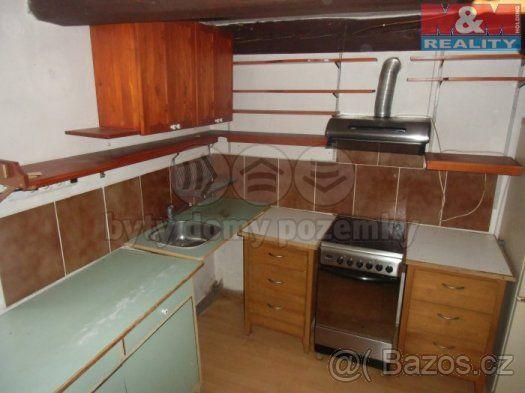 Prodej, rodinný dům 2+1, 397 m2, Svinařov - 1
