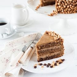 Delicious Mocha Cake by Pierre Herme with coffee buttercream and coffee genoise! (scroll down for recipe in English)