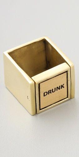 Dije que de vuelta. zarcillo. pulcera. (eje vertical u horizontal. Cortar centro de Medalla de Brass y soldarlo como puerta. Monserat De Lucca Drunk Sober Ring
