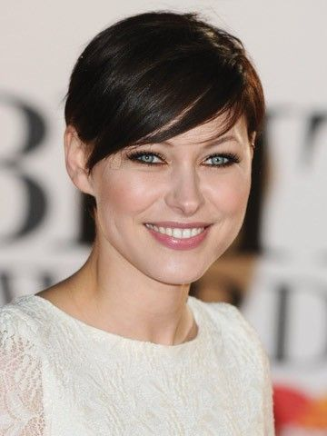 Look Away Now Brian Dowling Emma Willis Announced As New Big Brother Presenter Short Hair Pictures Short Wedding Hair Short Hair Styles