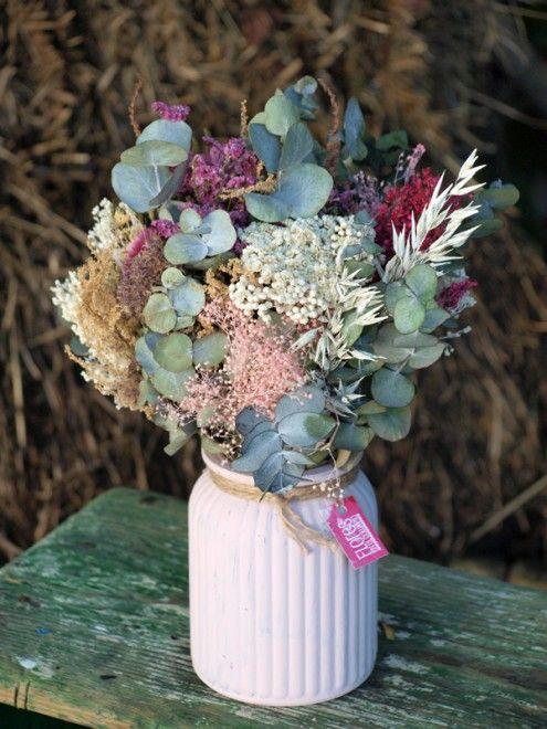 Ramo De Novia Convertido En Centro De Flores Secas Flores