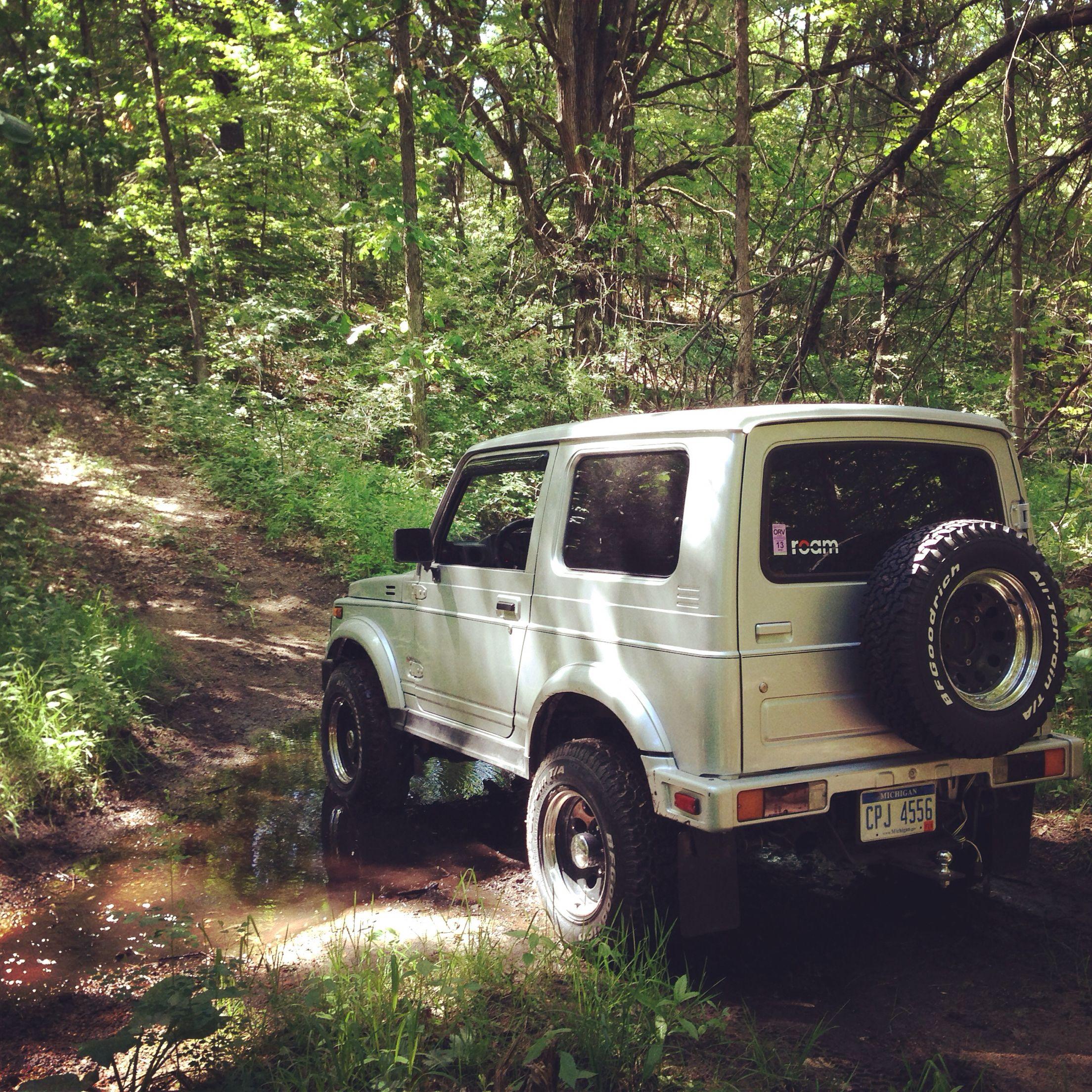 Suzuki samurai in the woods