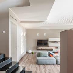 Photo of Villa moderna soggiorno moderno di arch. paolo bussi moderno   homify