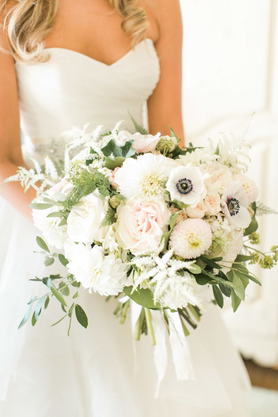 Anemone and rose wedding bouquet   Photography: Christy Nicole ...