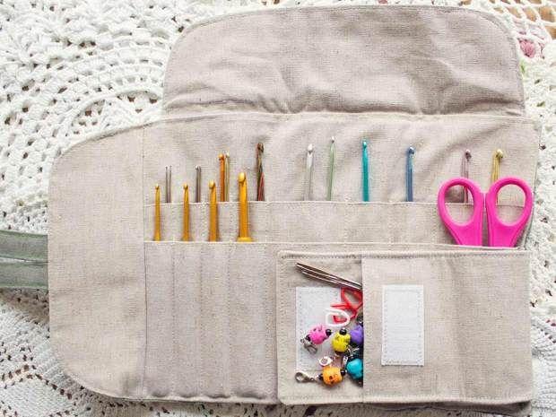 I love the new #crochet hooks case that @Tamara Robinson got for her birthday!