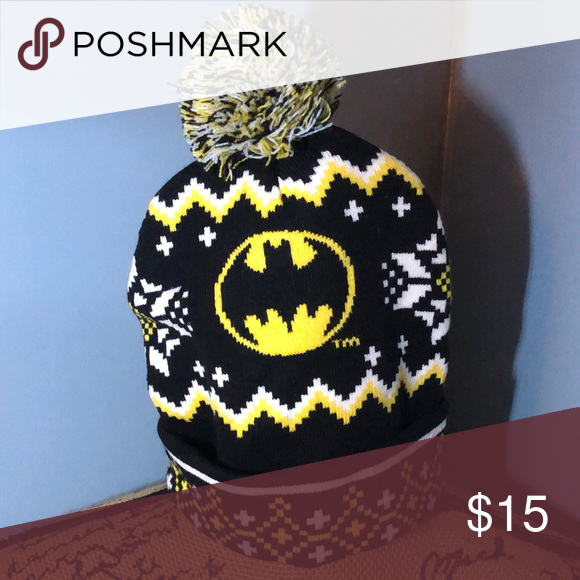 3274b3c0f20 2  10 Batman beanie New without tags! This item qualifies for my 2 ...