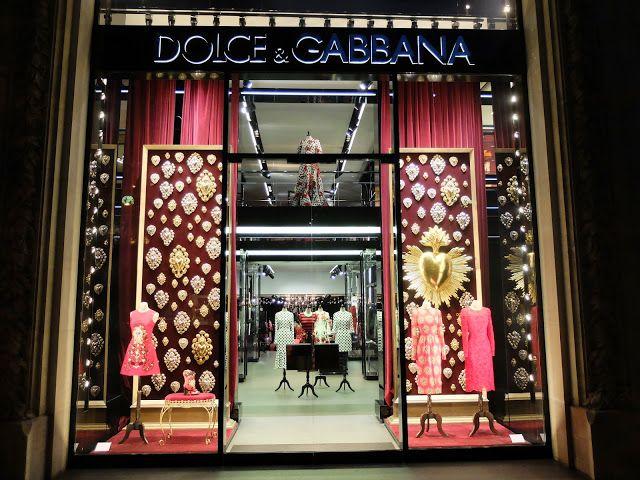 Dolce   Gabbana. Paris  windowdisplays  wm Retail Windows, New Shop, Retail 65b454d60d