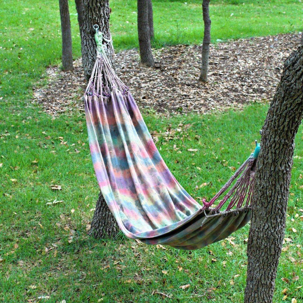 Make Your Own Tie Dyed Hammock Morena S Corner Diy Hammock Hammock Backyard Hammock