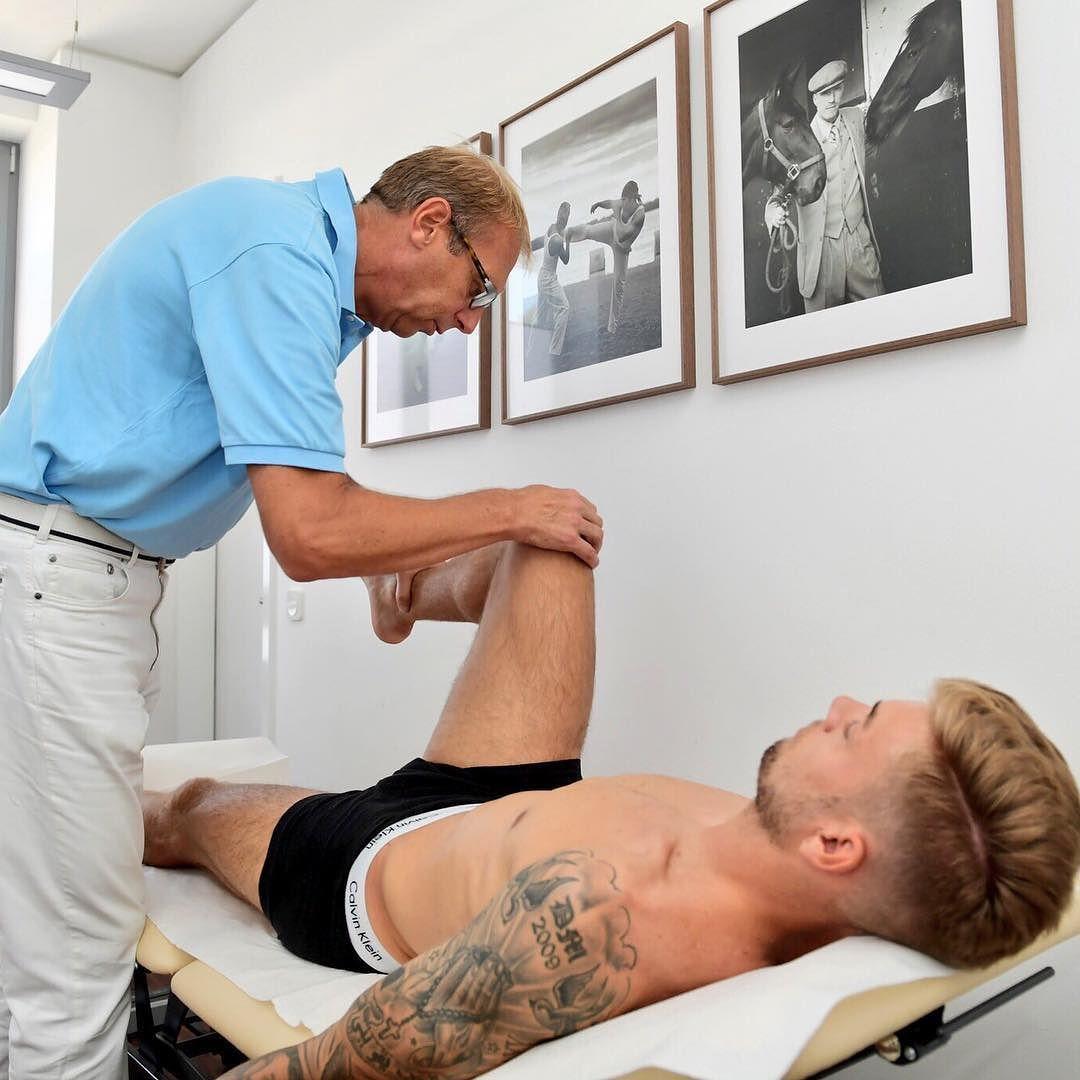 Jetzt auch Haken hinter die orthopädische Untersuchung bei Teamarzt Dr. Schleicher  #hahohe