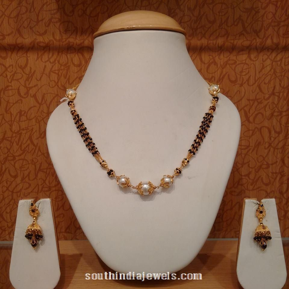22 carat gold floral designer pendant with multiple beads chain and - Gold Short Black Bead Necklace