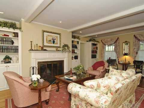 1927 Colonial Revival Amityville Ny Sold Salon Interieur