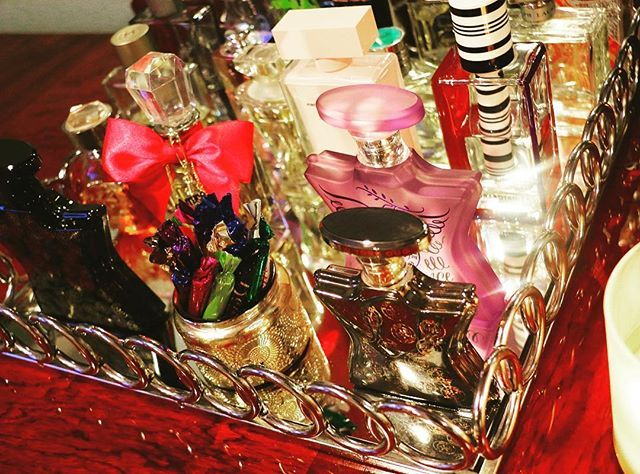 Vanity affair... my favorite scents 🌟  @liketoknow.it www.liketk.it/2gpz9 #liketkit #liketkitinterior