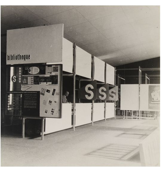 Knud Lonberg-Holm Sweet's Display Exposition des Techniques Américianes de l'Habitation et de l...