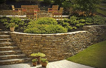 Crescent DC | Backyard Landscaping Patio Retaining Wall