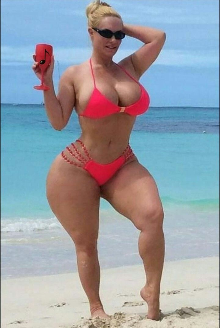 what does full figured woman mean