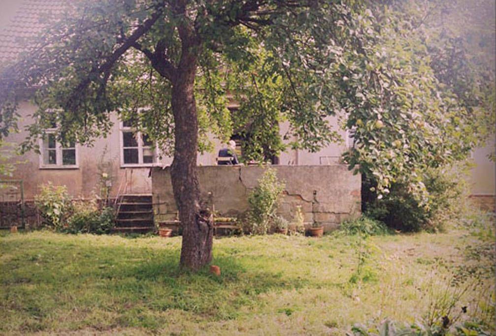 Alter Dreiseitenhof Neuhardenberg Bei Airbnb Gefunden Haus Mieten Bauernhaus Hof