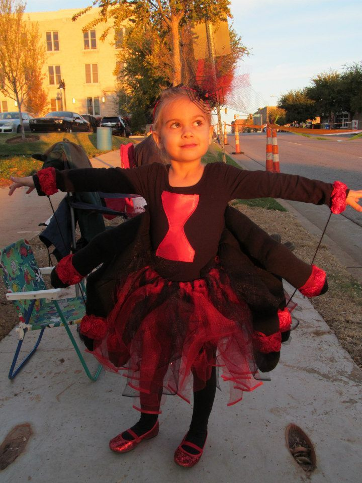 diy black widow spider costume for girl