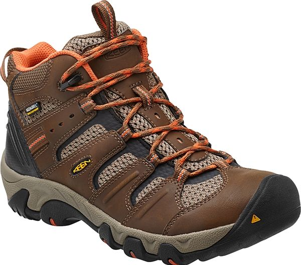 The all-around best hiker for all-season use. Headed for a day ...