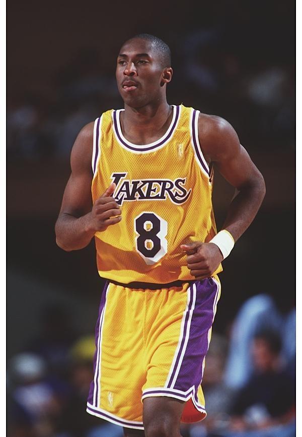 Kobe Bryant 8 - Los Angeles Lakers