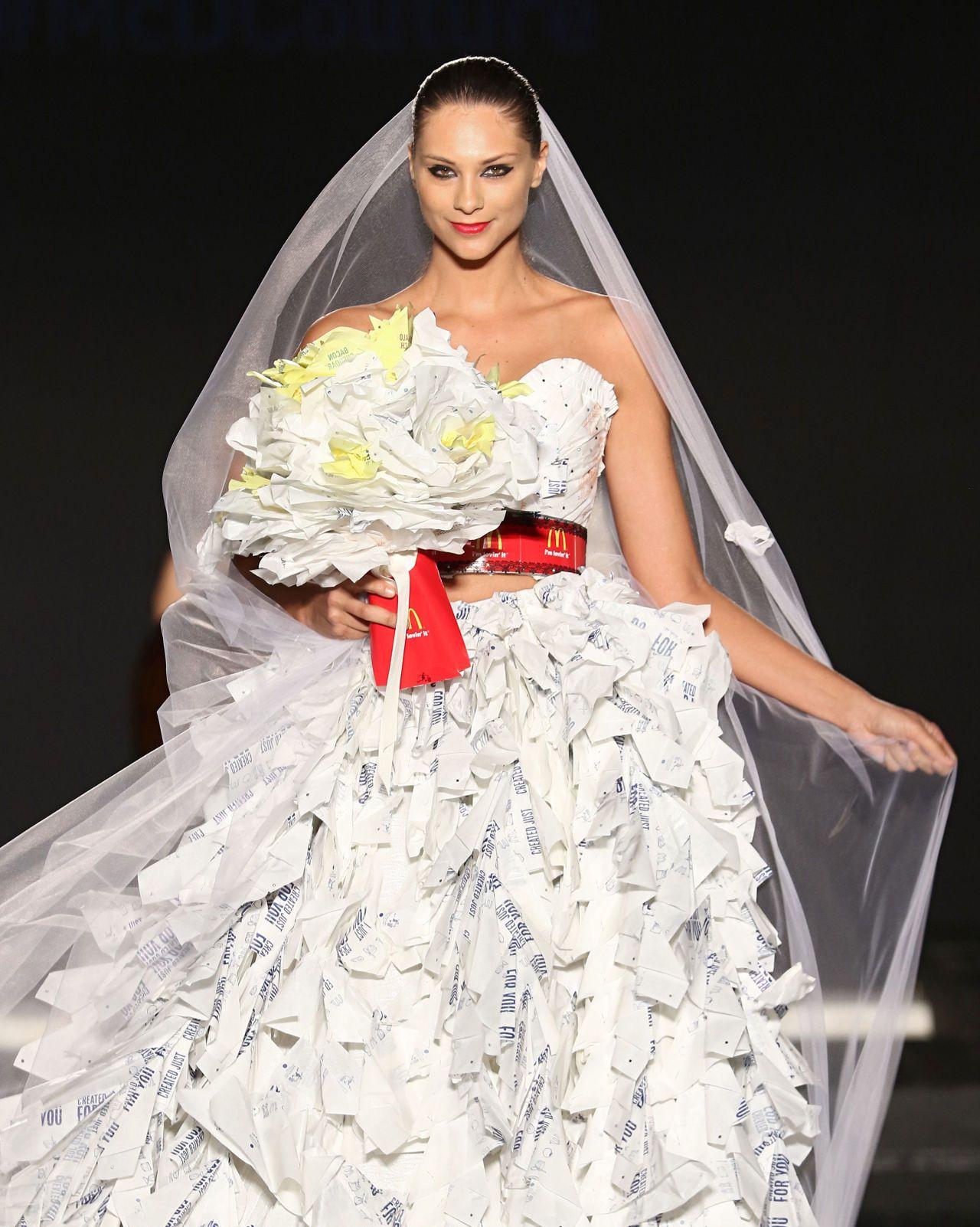 Handkerchiefs From Moms Old Wedding Dress Repurpose Wedding Dress Wedding Dress Keepsake Upcycled Wedding Dress