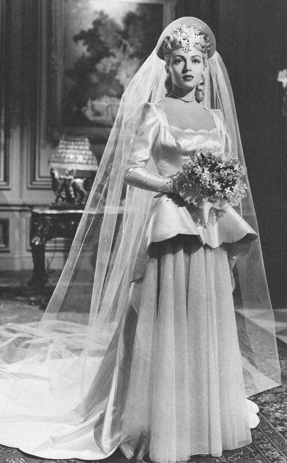 Lana Turner Vintage wedding photos, Wedding gowns