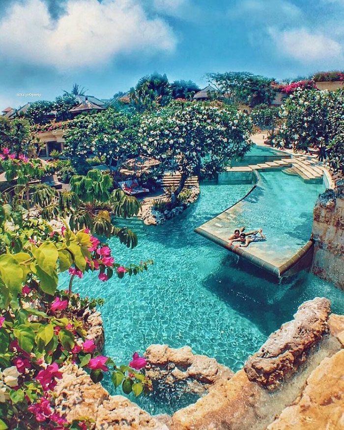 The World's Top Honeymoon Destinations According To
