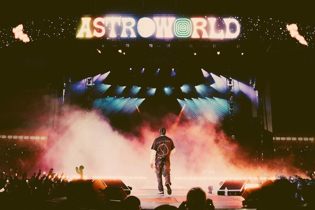 Last Night Travis Scott Announced On His Official Twitter Account About The Return Of Astroworld Fest Travis Scott Wallpapers Travis Scott Concert Travis Scott