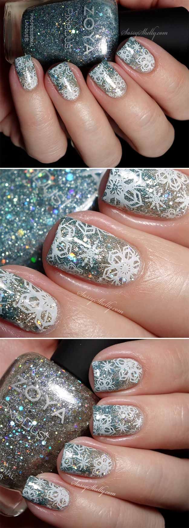 35 Nail Design Ideas For The Latest Autumn Winter Trends: 35 Christmas Nail Art Designs