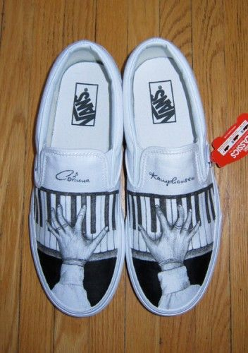 98822a71448 Piano vans slipons.