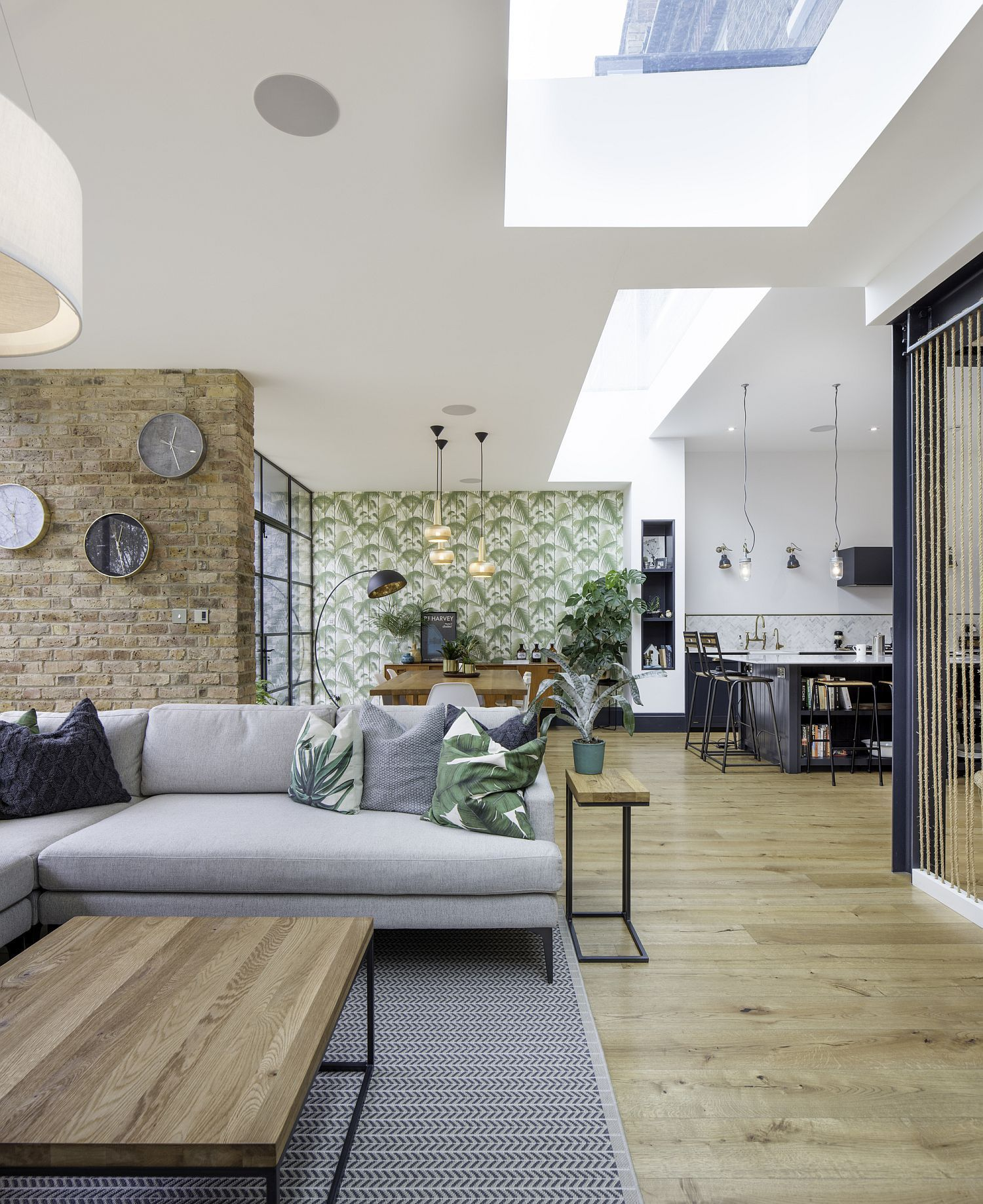 Open Plan Lower Level Living Area Of Tactile House In Dulwich England In 2020 Luxury Living Room Design Home Decor Room Design