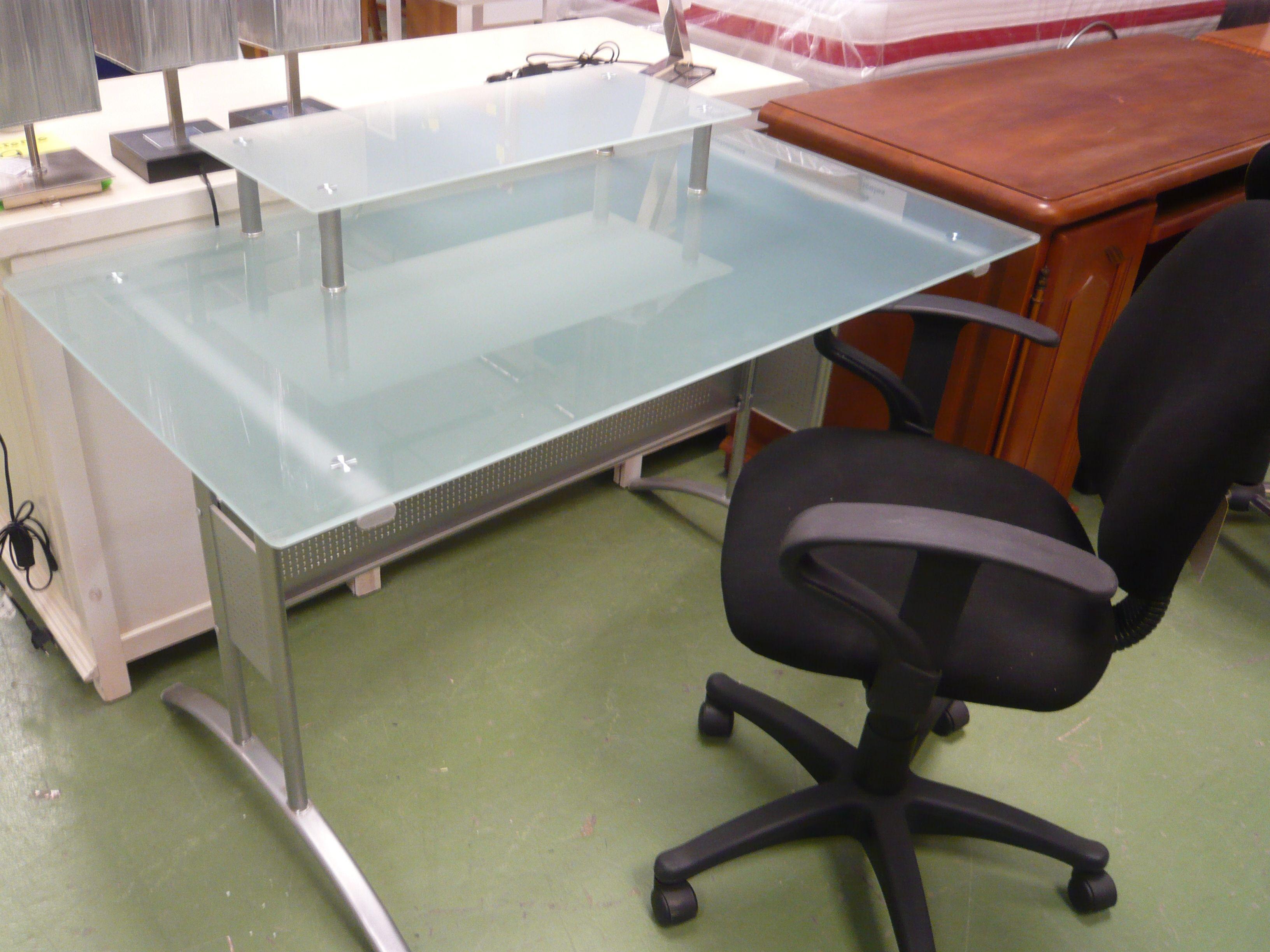 Conjunto escritorio de cristal silla elevable precio for Silla de escritorio precio