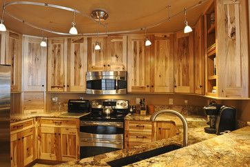 Lowe's Hickory Kitchen Cabinets | Tiger Run Remodel ...