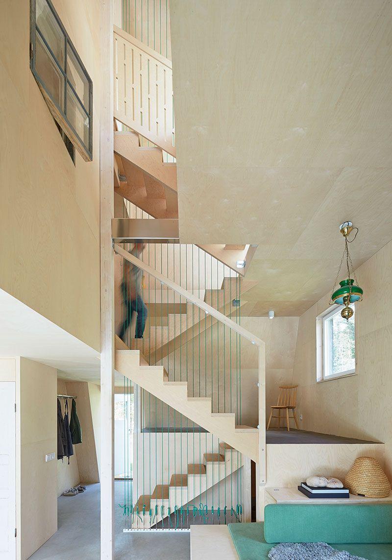 Small Houses - Dalarna Summer House - Busyboo. Maximizing every inch ...