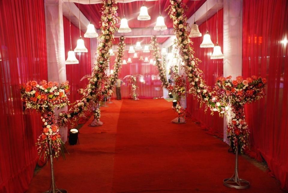 Pin by sadaf mir on wedding deco pinterest entrance decor at party cruisers india ltd junglespirit Images