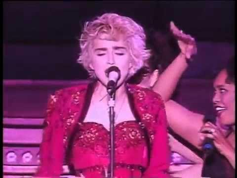 Madonna La Isla Bonita Live In Concert Ciao Italia Youtube Musica Anjos