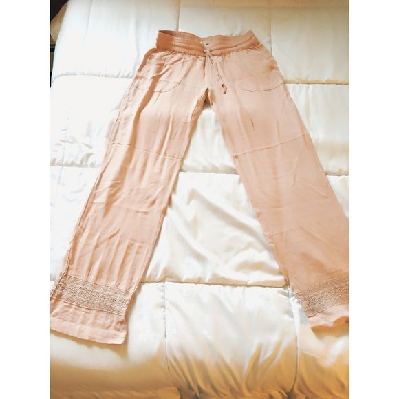 LA Hearts Beach Pants • Small & Short LA Hearts • Beach Pants • Pink • Small (short) • Lace Design on Bottom of Pant Legs LA Hearts Pants