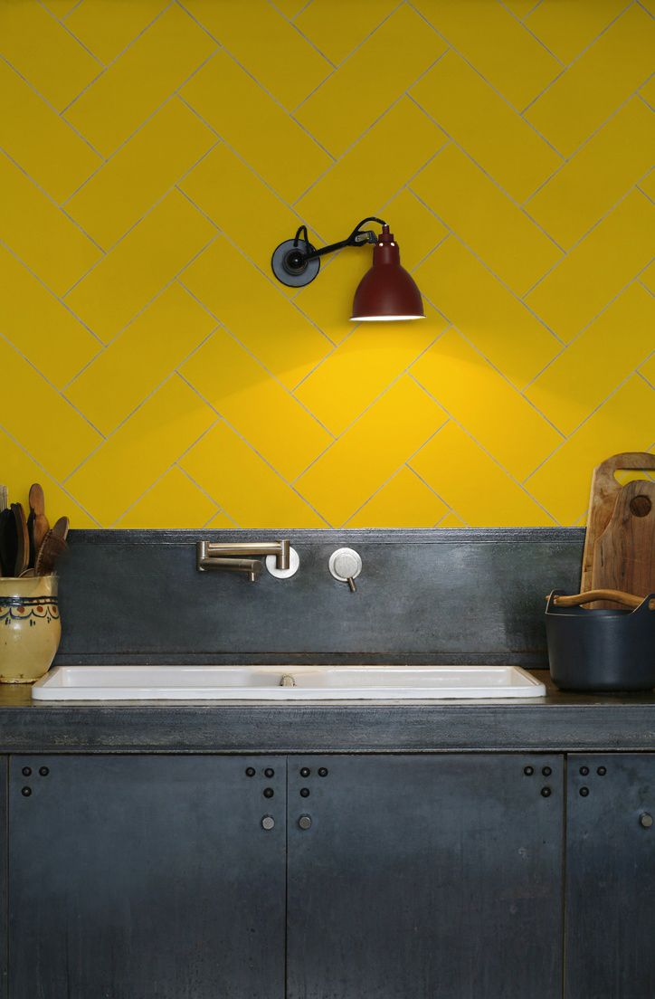 kitchen-walls herringbone tile wallpaper yellow | Kitchen ...