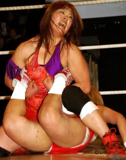 vergara-college-japanese-girls-strip-wrestling-stone