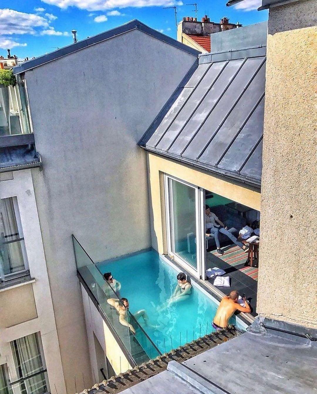 Gossip Room On Instagram Le Balcon Piscine On Adore Et Valide L Idée Pas Vous 1k Paris Paris Pool Houses Luxury Swimming Pools Backyard Pool