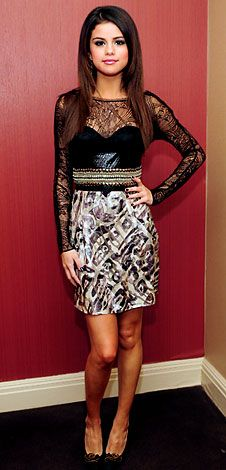 love this dress and selena gomez