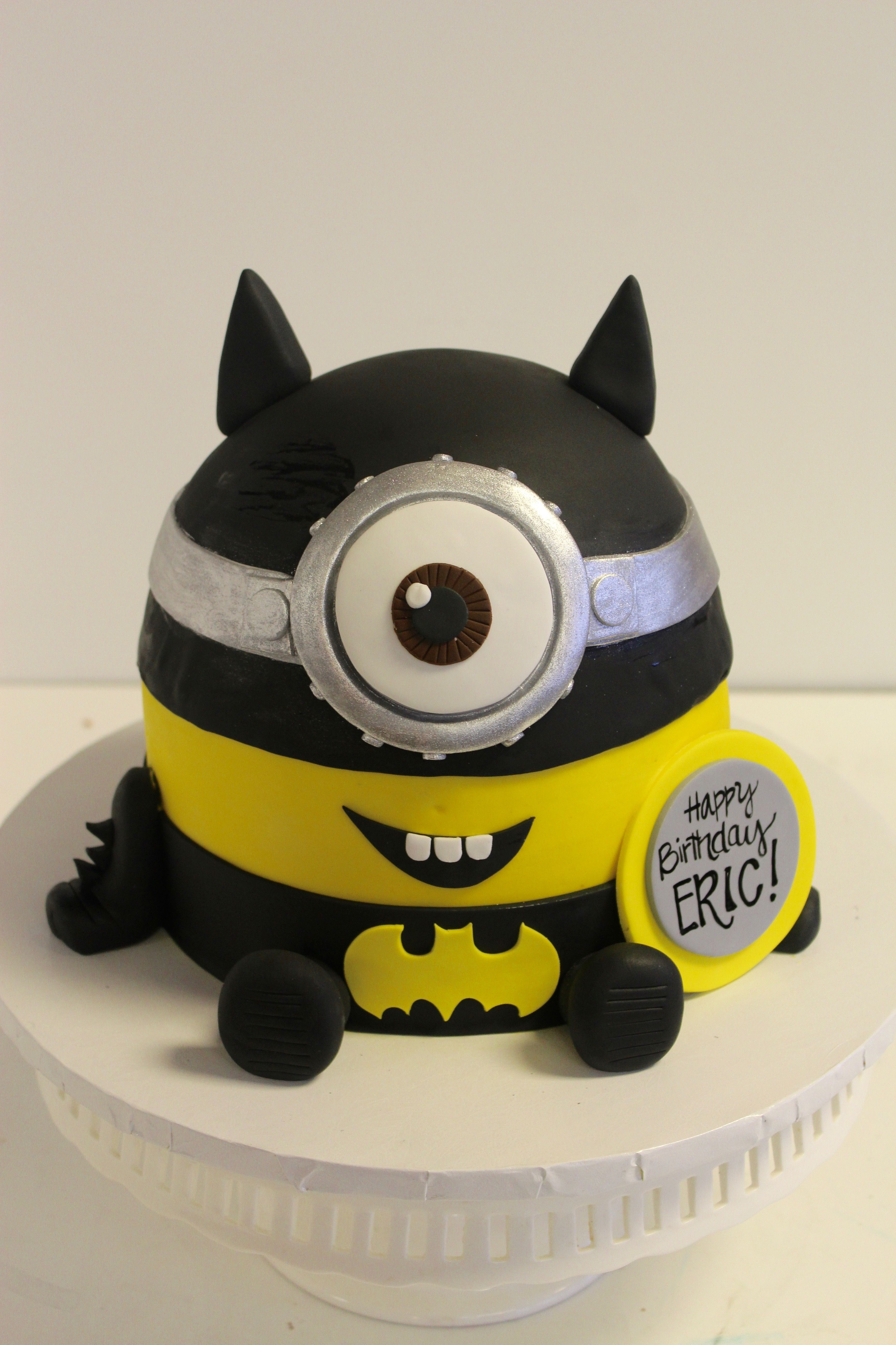 Batman Minion cake!