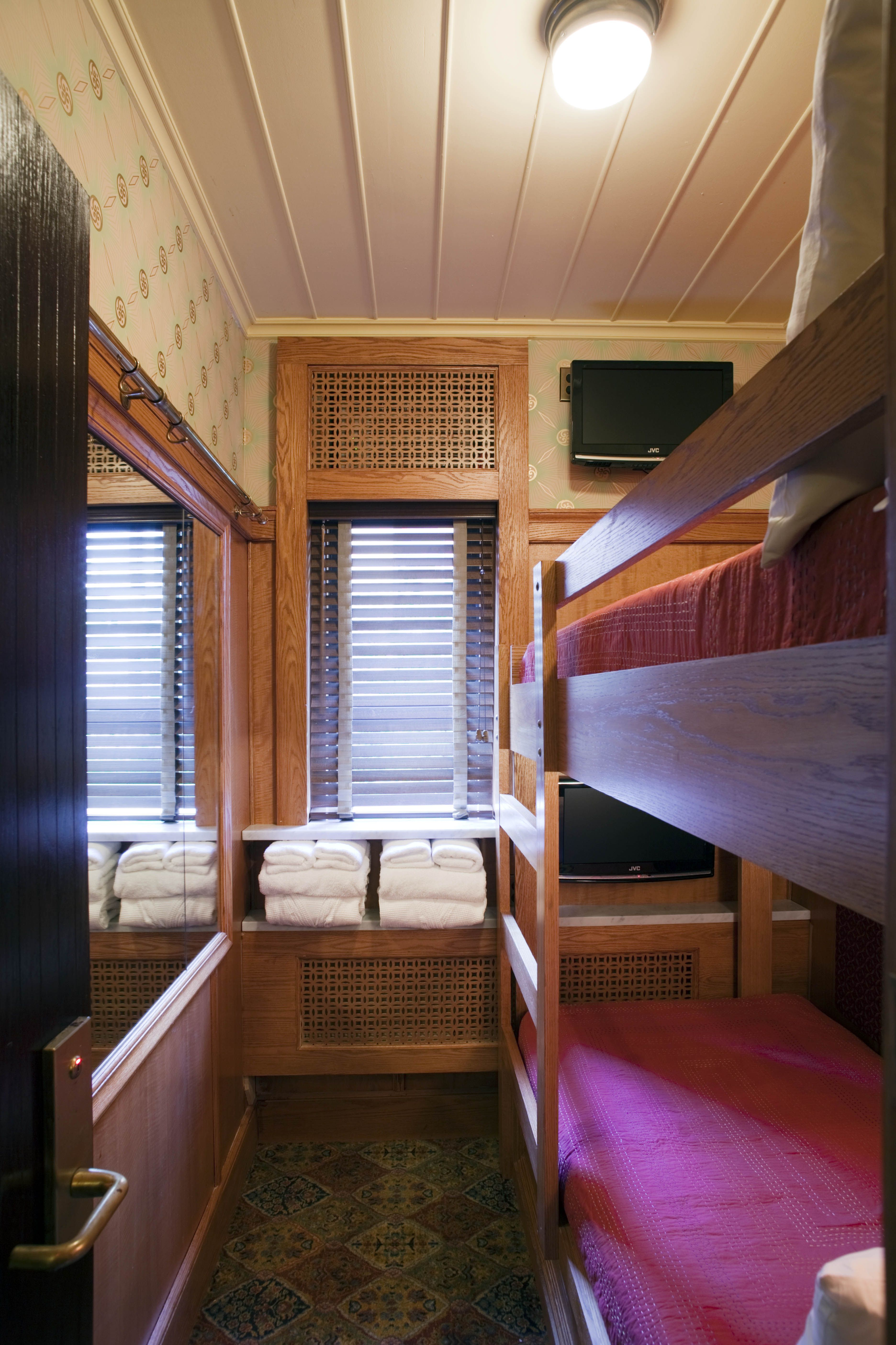 The Cozy Bunk Bed Cabin At The Jane Client The Jane Manhattan