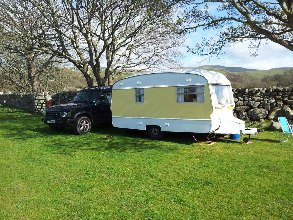 Beautiful Vintage Caravan Cotswold Windrush Glamping Glastonbury Summer Hols 4b
