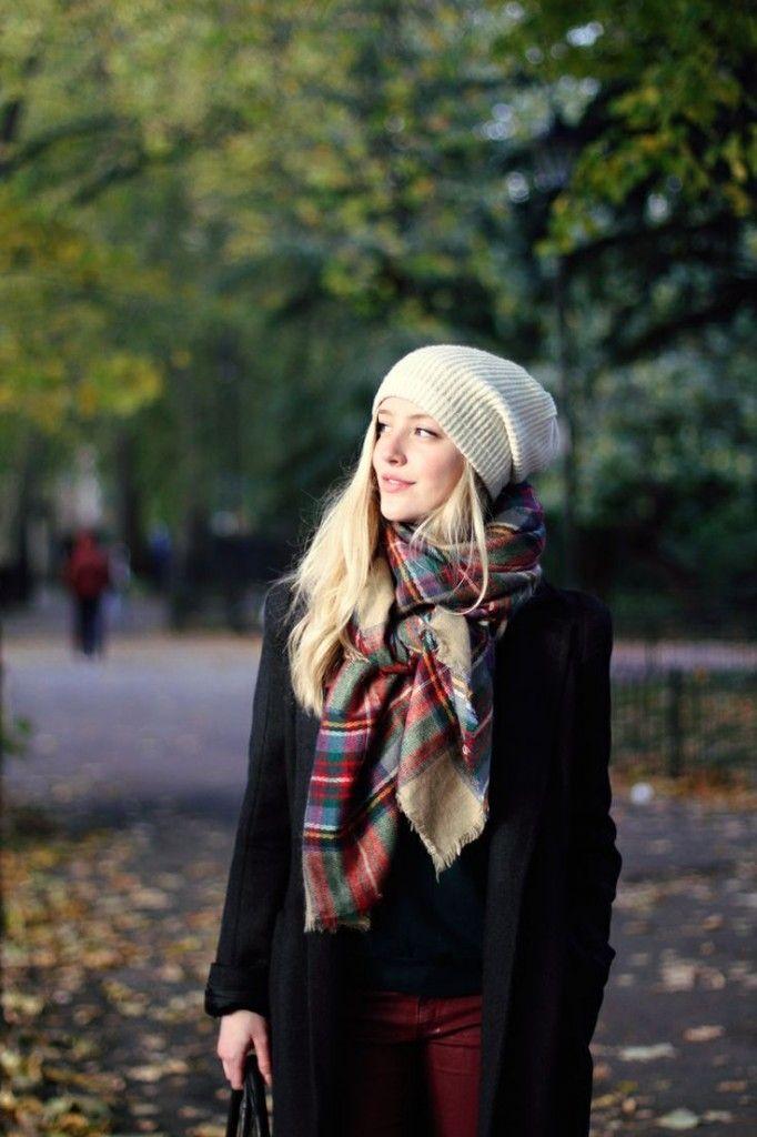 5f6ad47b2c7f Conseils de mode, comment porter une écharpe femme, s habiller, mettre et  nouer une écharpe pour une femme et la porter avec style, allure et  élégance.