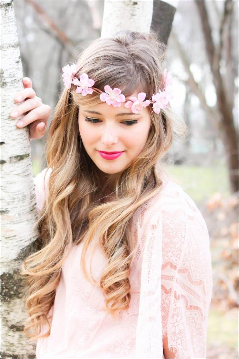 Peinados con corona de flores para novia