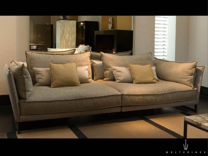 Figilio sofa XL, Verden by Wolterinck showroom wolterinck