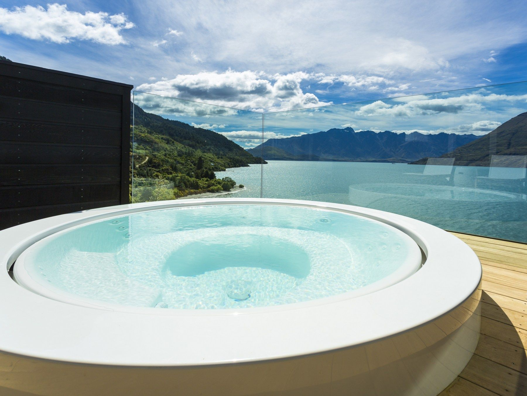 Overflow outdoor hot tub MINIPOOL | Built-in hot tub - Kos by ...