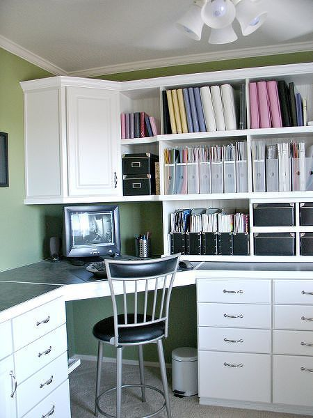 LOVE the use of vertical space | SCRAPBOOK ROOMS | Pinterest ...